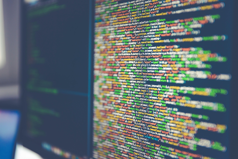 ソフトウェア開発とは?ソフトウェア開発会社の選び方や注意点を解説
